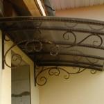 0011864_kozyrek-nad-vhodom-3363